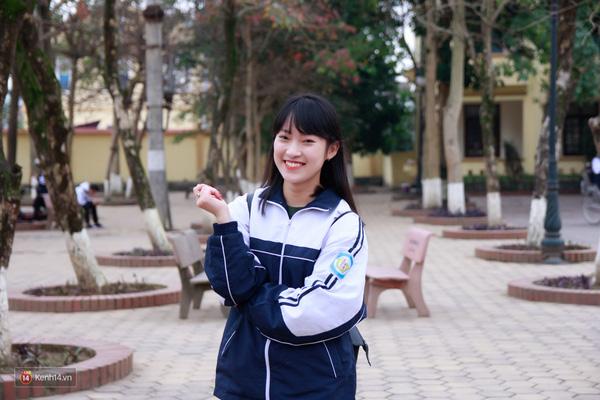 Khánh Vy - cô nàng đến từ lớp 12 chuyên Anh được khen là dễ thương hết biết!