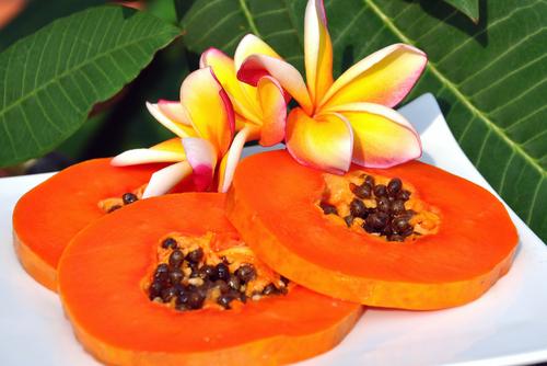 Đu đủ tốt cho sức khỏe nhưng không phải ai cũng nên ăn loại quả này!