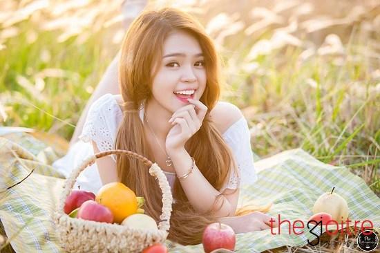 Nguyễn Thị Như Thơ (SN 1994) sinh ra và lớn lên ở Phú Yên, hiện cô nàng đang là sinh viên trường Đại học Nông lâm TP.HCM.