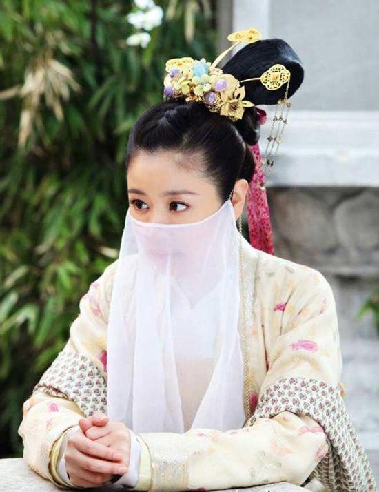 Mã Phức Nhã trong Khuynh thế hoàng phi từng được coi là vai diễn cổ trang có tạo hình đẹp nhất của Lâm Tâm Như.