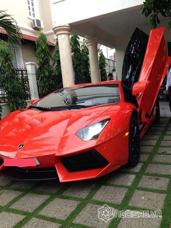 Lamborghini Aventador LP700-4 có giá khoảng 25 tỷ đồng.