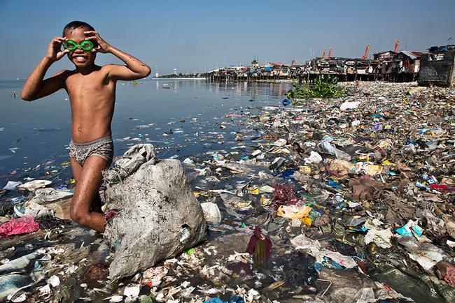 Loạt ảnh chấn động cho thấy đại dương đang trở thành hố rác khổng lồ của nhân loại - Ảnh 13.