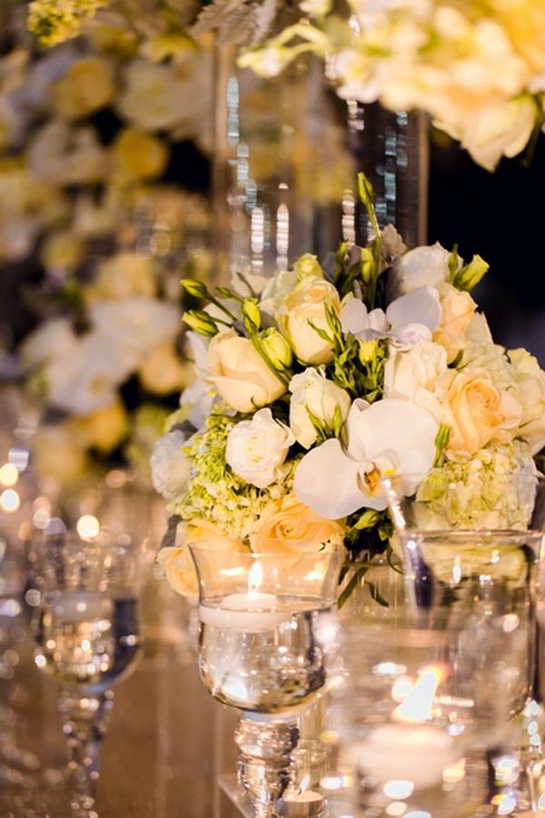 Toàn bộ 15.000 bông hoa tươi được nhập khẩu từ nước ngoài.