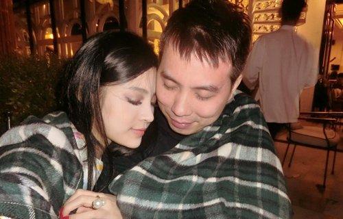 Hình ảnh hiếm hoi của ông xã Huyền Baby do chính cô đăng tải trên trang cá nhân.