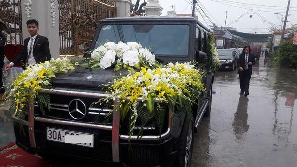 Chiếc xe đón dâu trong lễ cưới