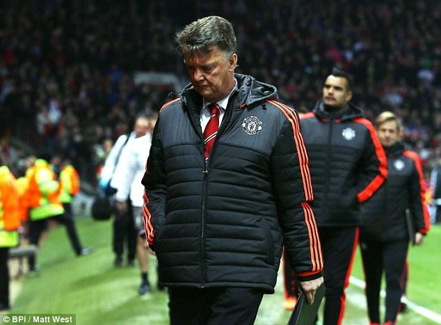 Van Gaal thừa nhận mùa giải sẽ kết thúc nếu để thua Man City.