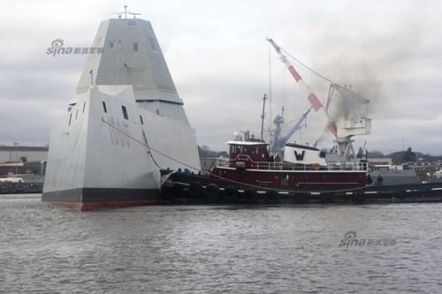 Quản lý chương trình DDG-1000, Thiếu tướng James Downey cho biết, trong suốt giai đoạn thử nghiệm đầu tiên kéo dài 7 ngày, tàu Zumwalt đã thực hiện tốt và chứng minh sự ổn định tốt hơn mong đợi.