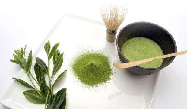 Với matcha, bạn sẽ hấp thu toàn bộ lá trà, thay vì chỉ phần nước hãm như với trà tươi hoặc các loại trà khô hoặc đóng gói sẵn phổ biến khác. Ảnh minh họa: WordPress