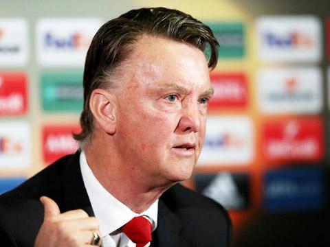 Van Gaal: Không thắng được Man City, Man United đừng mơ Champions League.