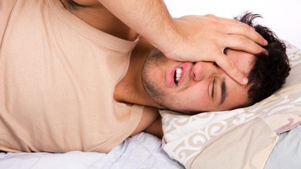 Không thể ngủ sâu, bạn sẽ thức dậy trong tình trạng mệt mỏi