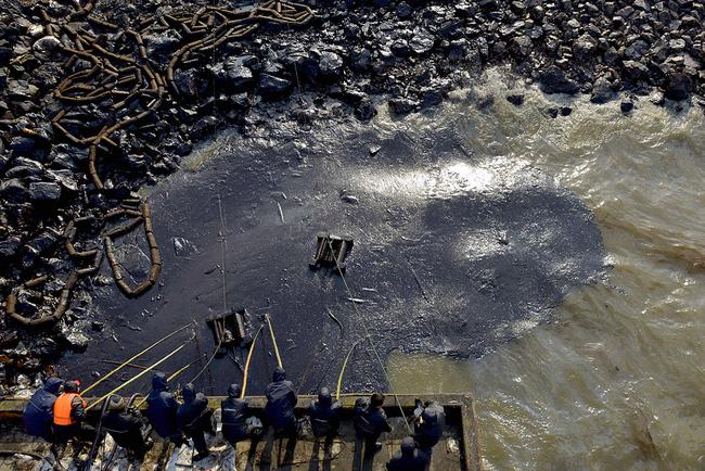 Loạt ảnh chấn động cho thấy đại dương đang trở thành hố rác khổng lồ của nhân loại - Ảnh 23.