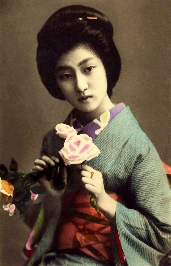 ... những Geisha nổi tiếng Nhật Bản...