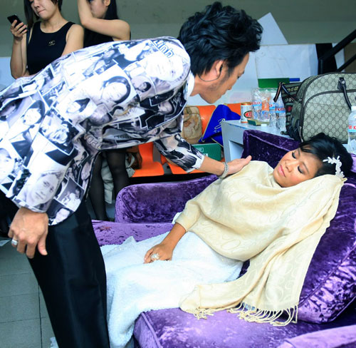 Thái Trân, cô con gái nuôi có hoàn cảnh xúc động của Hoài Linh