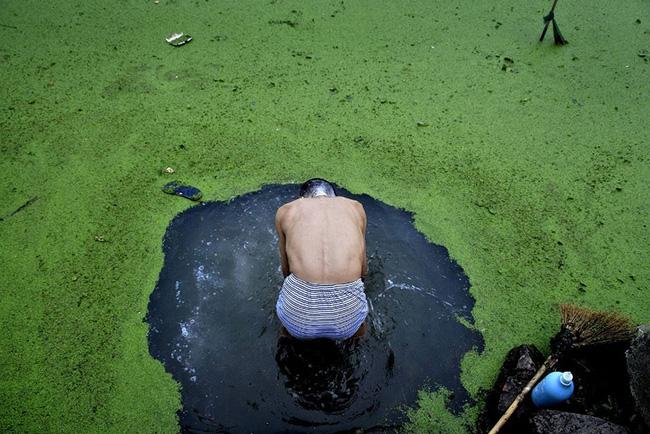 Loạt ảnh chấn động cho thấy đại dương đang trở thành hố rác khổng lồ của nhân loại - Ảnh 31.