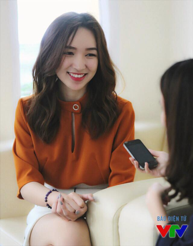 Hiện cô đang là MC của Vietnam Idol Kids.