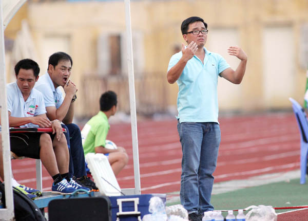 """""""Bất cứ ai cũng có lúc gặp khó khăn, nhưng chúng tôi chắc chắn sẽ vượt qua!"""" – Nguyễn Tấn Anh."""