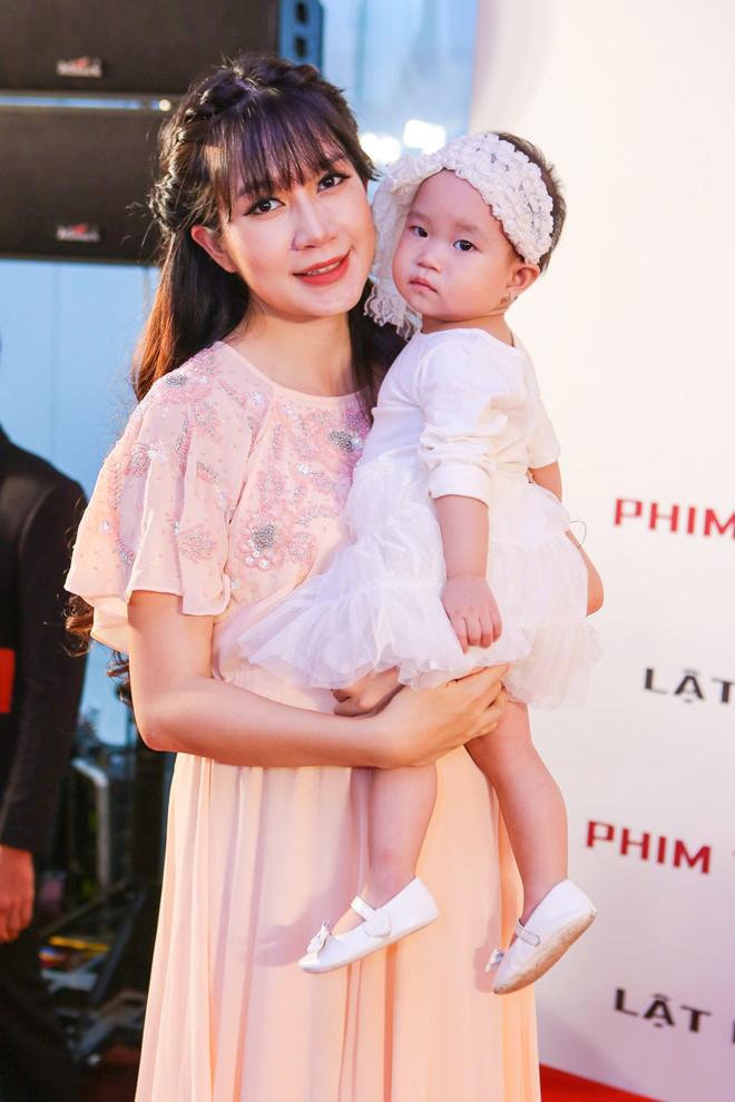 Nhan sắc của Minh Hà khi đang mang thai lần 4.