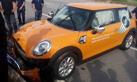 Tai nạn có thể xảy ra với cả khách hàng có kinh nghiệm lái xe hoặc lái non