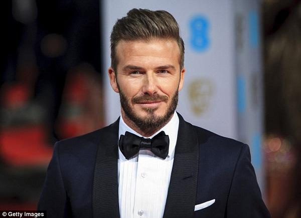 Đẹp trai cỡ Beckham tầm này là dễ FA lắm này...