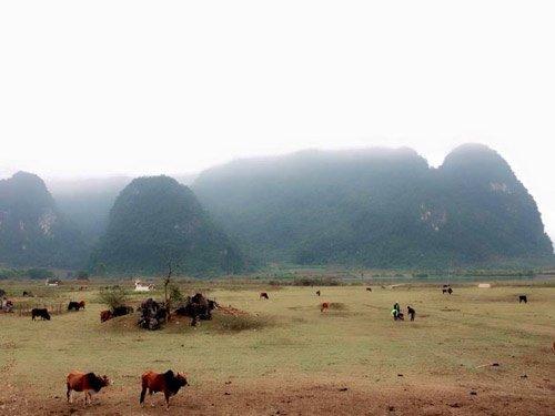 Toàn cảnh vùng đất rộng ven hồ Yên Phú được sử dụng làm bối cảnh phim.