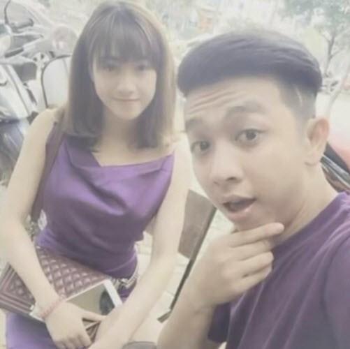 Tuấn Kiệt đang có tình yêu đẹp với một cô nàng tên Trang khác, nhưng không phải Thùy Trang mà là Huyền Trang.