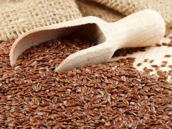 Hạt lanh: Hạt lanh là một trong những thực phẩm quan trọng nhất giúp làm sạch ruột. Hạt lanh có chất xơ và chất béo giúp cải thiện hê tiêu hóa và làm sạch ruột. Chúng cũng chứa các axit béo-3 omaega giúp làm giảm các triệu chứng xưng viêm