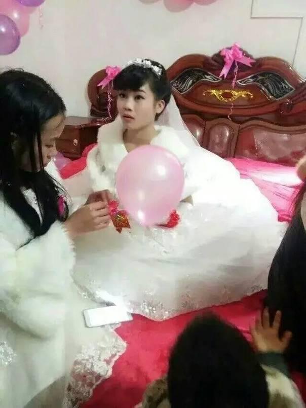 Cô dâu 8 tuổi phiên bản Trung Quốc này chắc chắc sẽ tiếp tục hâm nóng dư luận trong những ngày tới.