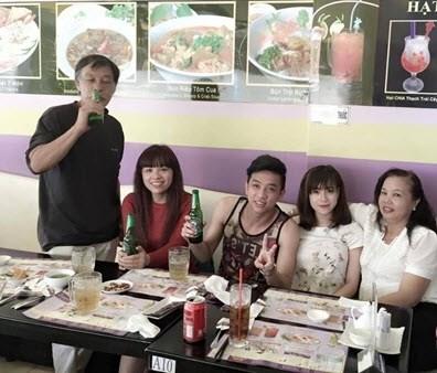 Huyền Trang thậm chí còn rất thân thiết với gia đình của Tuấn Kiệt.