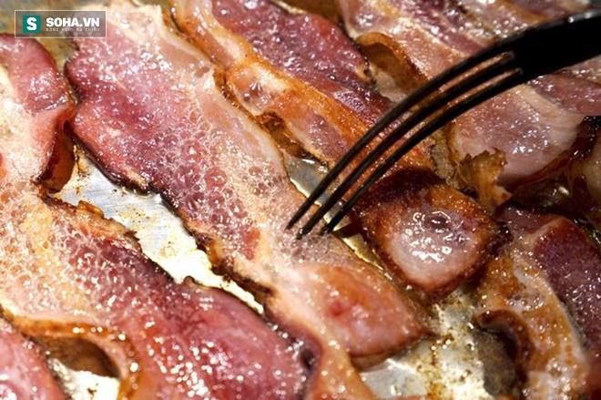 Ăn 2 miếng thịt xông khói/ngày tăng nguy cơ mắc ung thư dạ dày.
