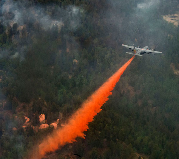 Bên cạnh nhiệm vụ quân sự, C-130 thể hiện tốt vai trò trong các hoạt động dân sự, đặc biệt là chữa cháy. C-130 có thể trang bị hệ thống chữa cháy trên không, thả được tới 11.356 lít chất dập lửa trong vòng 5 giây mà không cần phải thiết kế lại máy bay.