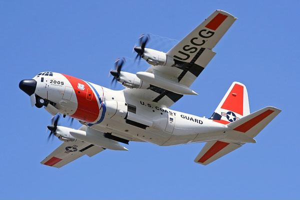 C-130 có đặc tính bay tốt ở tốc độ thấp nên rất hữu ích trong nhiệm vụ tìm kiếm cứu nạn. Không quân và Tuần duyên Mỹ sử dụng nhiều phiên bản HC-130 có nhiệm vụ cứu hộ. Máy bay được trang bị hệ thống cảm biến hiện đại giúp tìm kiếm người mất tích trên mặt nước, trên đất liền.