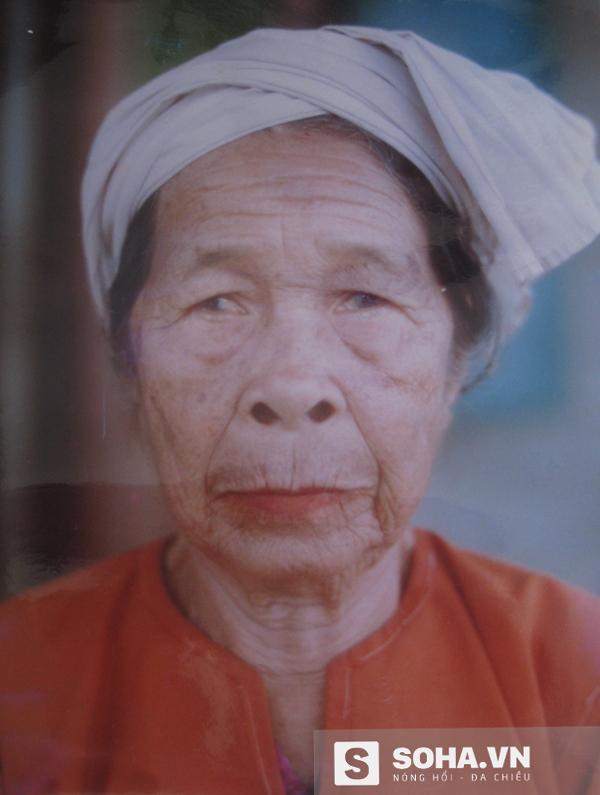 Bà Nguyễn Thị Thềm, công chúa cuối cùng của hoàng tộc Chăm, người truyền kho báu cho bà Đào.