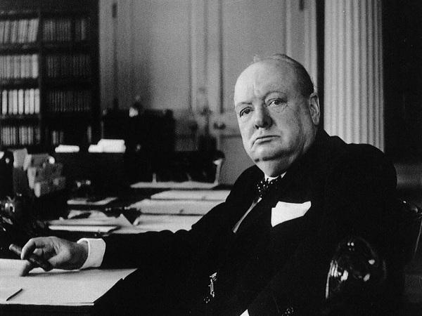 Cựu Thủ tướng Anh Winston Churchill (1874 - 1965).