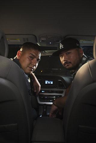 """Carlos và Roby, những """"ông thầy"""" dạy kỹ năng sống bất đắc dĩ."""