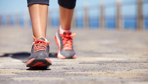 Hãy bắt đầu một ngày mới với việc đi bộ chỉ trong 5 phút