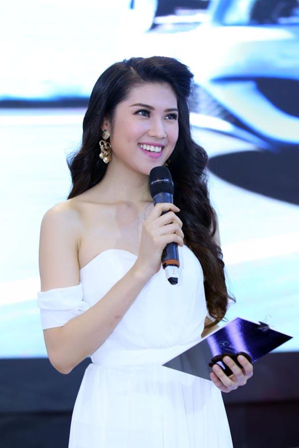 Hiện tại, Thu Hằng hoạt động cầm chừng trong làng giải trí với vai trò MC. Cô cũng được công chúng yêu mến bởi ngoại hình xinh đẹp và hình ảnh không scandal.