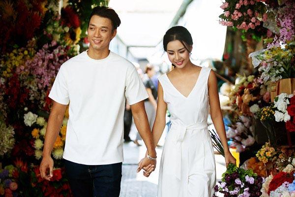 Sau ồn ào không đáng có, Lại Thanh Hương và Vũ Mạnh Hiệp lại trở về với nhau và dự định ra mắt gia đình trong thời gian tới.