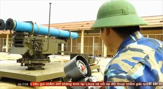 Pháo phản lực Extra mới được trang bị của Hải quân Việt Nam sẵn sàng đánh địch tiến công từ hướng biển.