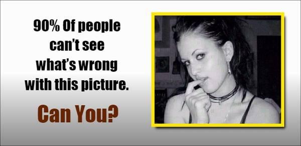 Bạn có phát hiện thấy bức tranh này sai ở điểm nào không?