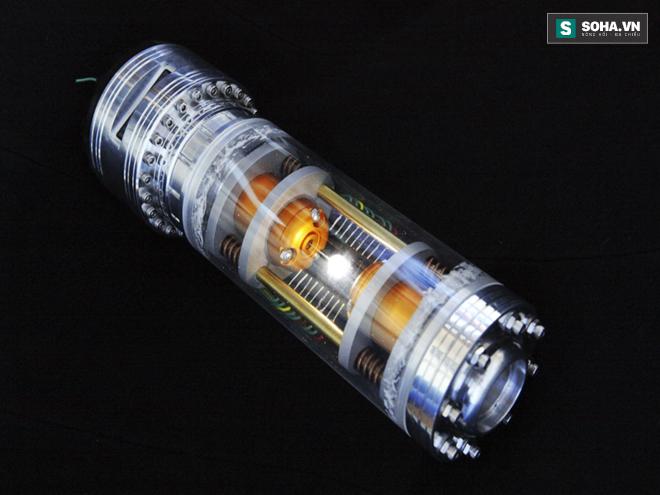 Mô hình thiết bị lưu giữ phản vật chất.