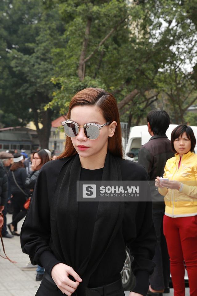Hồ Ngọc Hà tại đám tang nhạc sĩ Lương Minh - ảnh tư liệu.