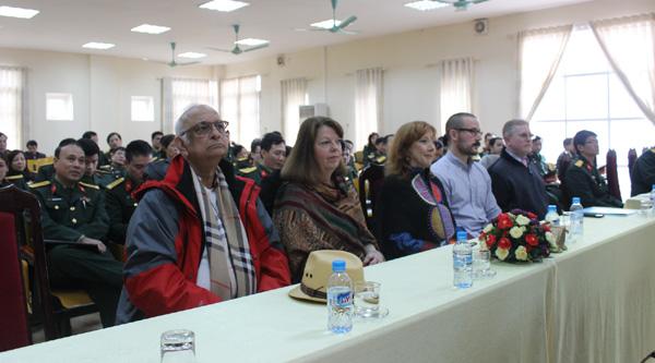 Đội ngũ giáo viên trực tiếp giảng dạy tại khóa học tham dự lễ bế giảng.