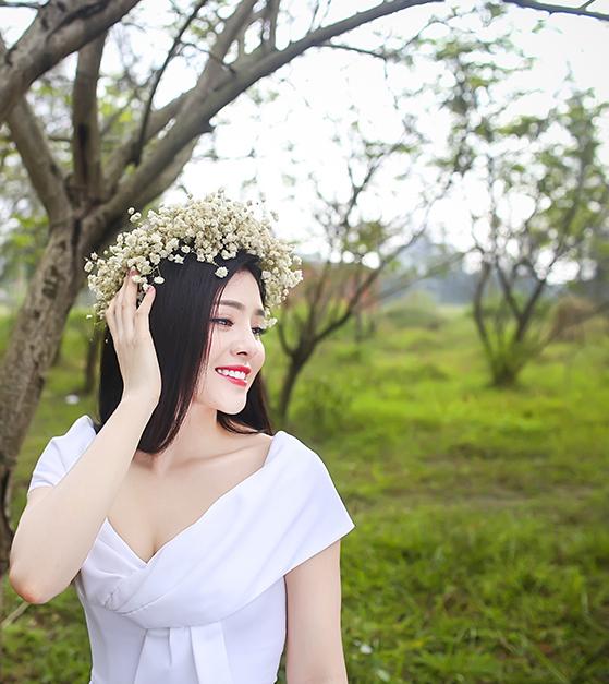 Sinh năm 1991, tại huyện Thạch Hà, Hà Tĩnh. Là con út trong gia đình có 3 anh chị em, Thụy Miên được thừa giọng hát từ mẹ, là một nghệ nhân hát dân ca ví dặm Nghệ Tĩnh rất có tiếng ở làng.