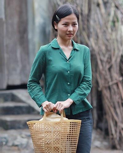 Khánh Hiền trong phim Tôi thấy hoa vàng trên cỏ xanh.