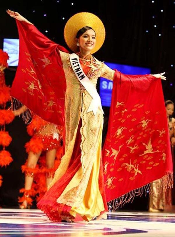 Thùy Lâm là người đẹp duy nhất của Việt Nam lọt Top 15 Miss Universe.