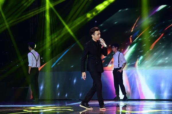 Soobin Hoàng Sơn gây thích thú với bản remix lạ tai Ai khổ vì ai.