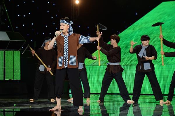 Ngô Kiến Huy tự tin thể hiện Bài ca đất phương Nam để chinh phục giám khảo, khán giả.