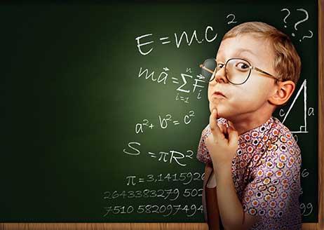Đây là bài toán bắt nguồn từ vấn đề cơ học nhưng được giải bởi Toán học