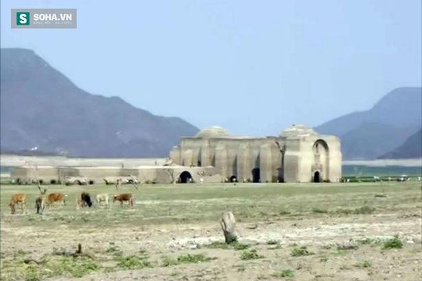 Khu đền thờ cổ thế kỷ 16.