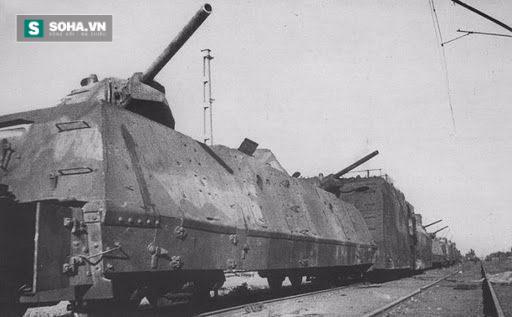 Tàu hỏa bọc thép Ilya Muromets huyền thoại.